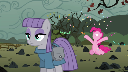 Pinkie_Pie_throwing_confetti_and_streamers_S4E18