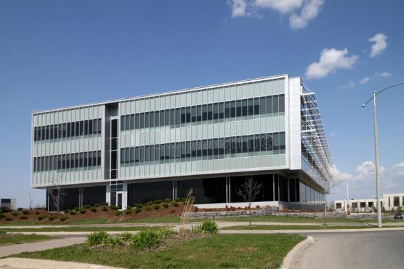 modern-low-rise-office-building-14048267